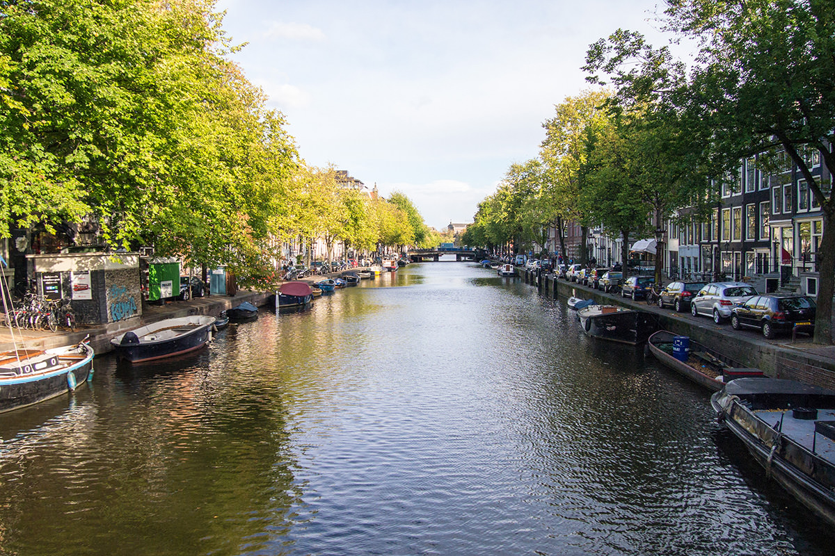 amsterdam_canal_d2