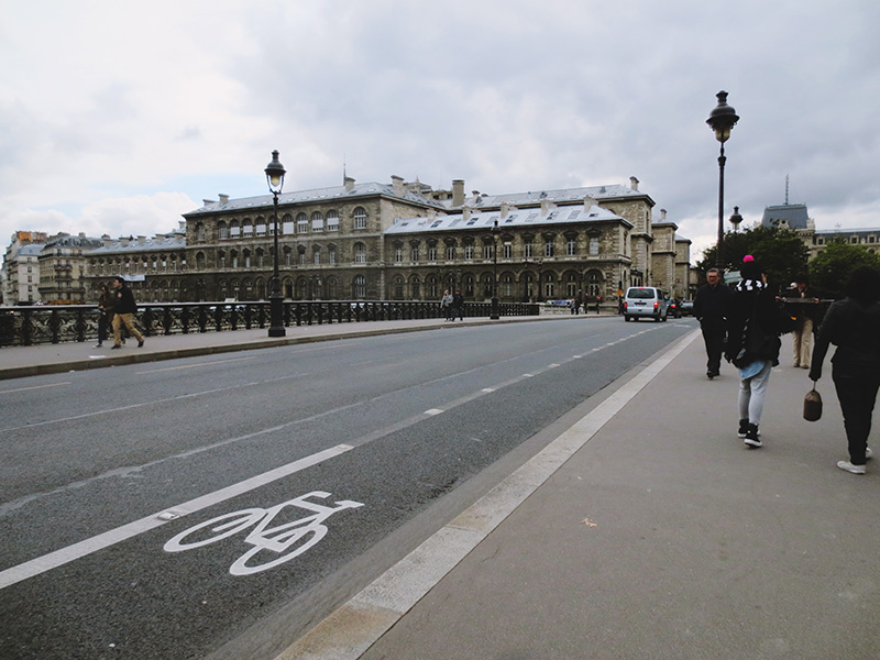 paris-15-03