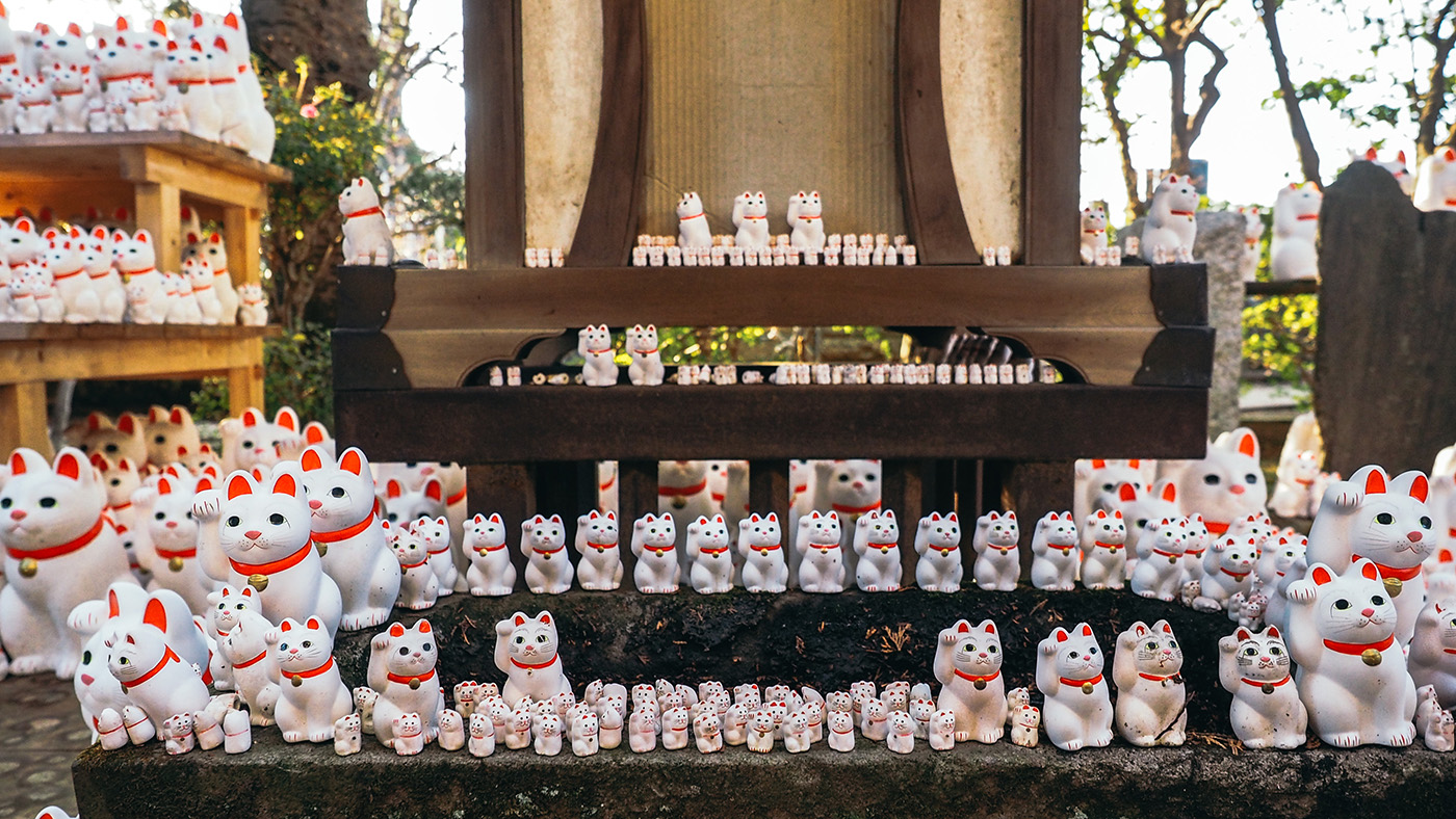 Japan - Gotokuji Temple - Cute to see so many of the neko cats