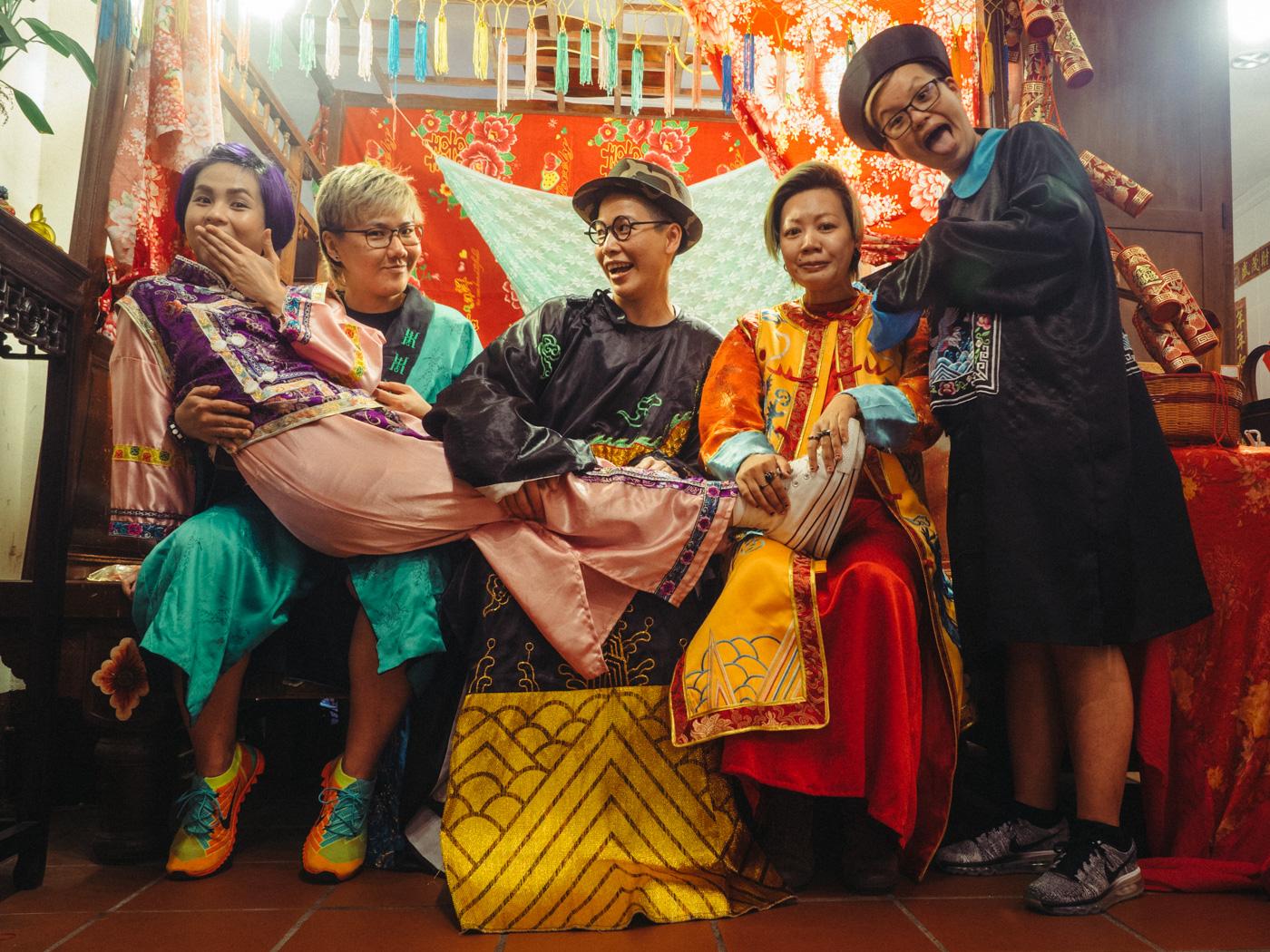 Taiwan - Shifen - Funny dressup shot