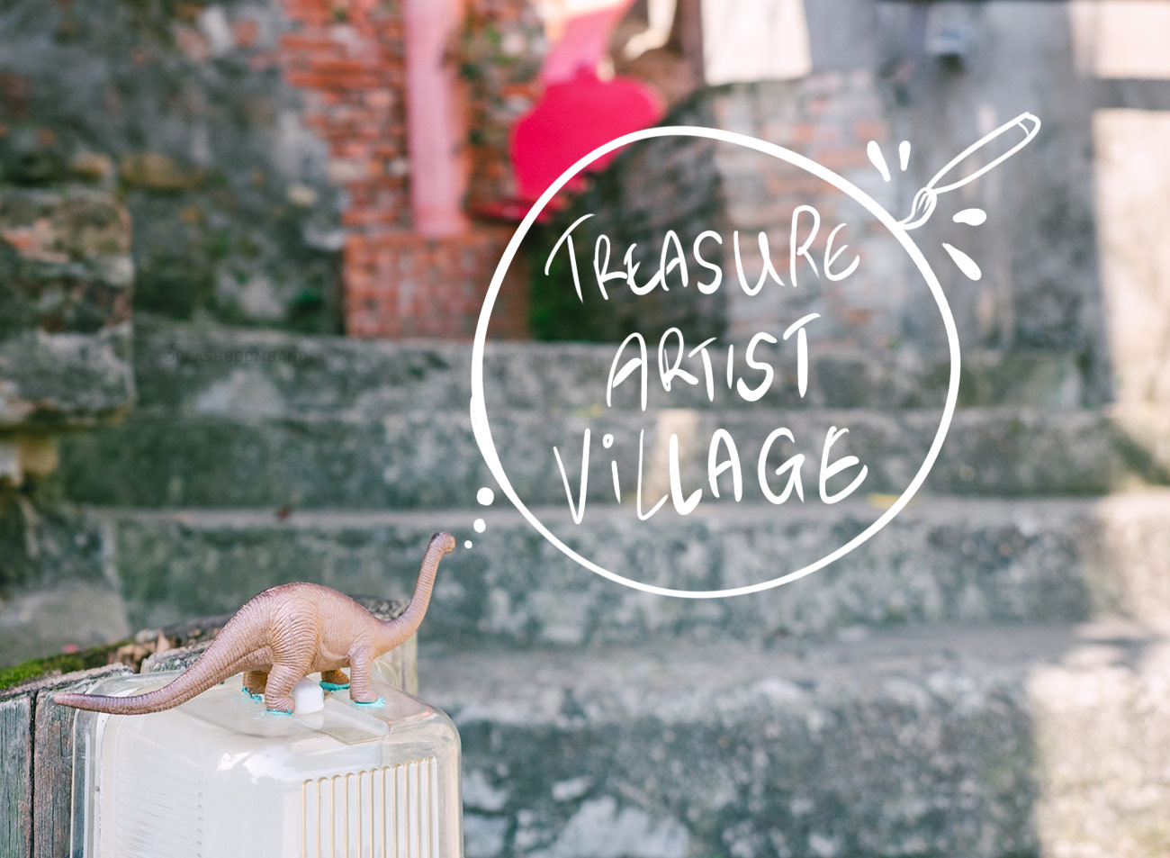 Treasure Hill Artist Village - Entrance with dinosaur